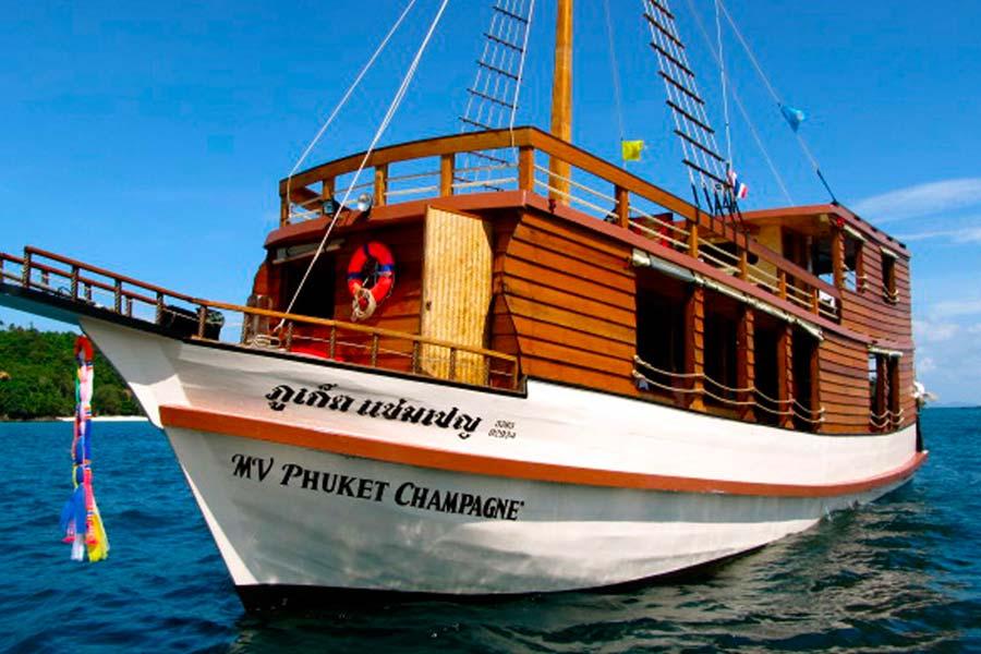 Phuket Private Boat Tours